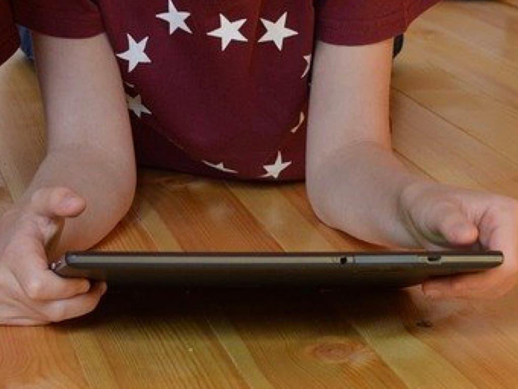 Fibra óptica gratuita para niños de familias sin recursos de Campo Real