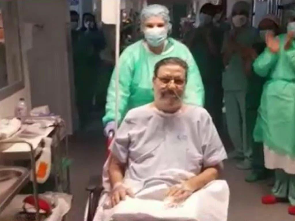Abandona la UCI del Hospital de Torrejón tras 57 días ingresado por coronavirus