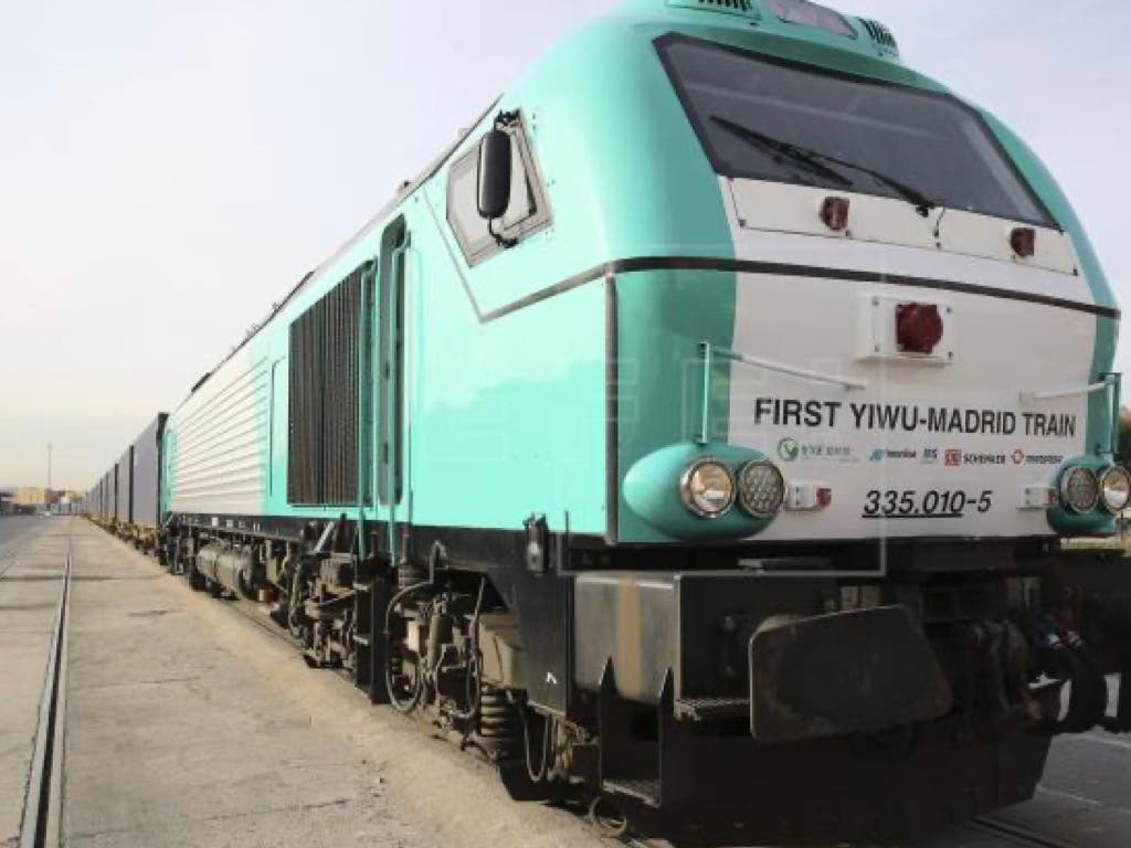Llega a Madrid un tren de China cargado de material sanitario