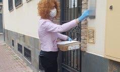 Velilla entrega ordenadores y tarjetas de Internet a familias sin recursos informáticos