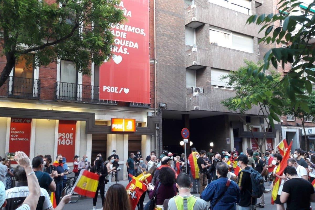 Moratalaz, Vicálvaro, Carabanchel… las protestas contra el Gobierno se extienden por Madrid