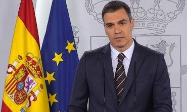 Sánchez anima a los españoles a planificar ya sus vacaciones y anuncia que vuelve La Liga