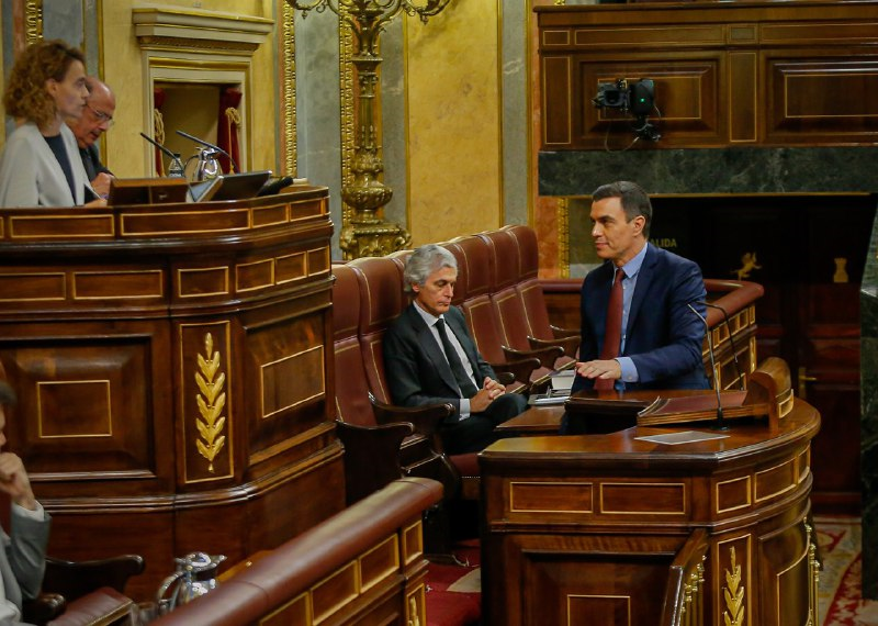 Sánchez consigue prorrogar la alarma con menos apoyos y críticas de toda la oposición
