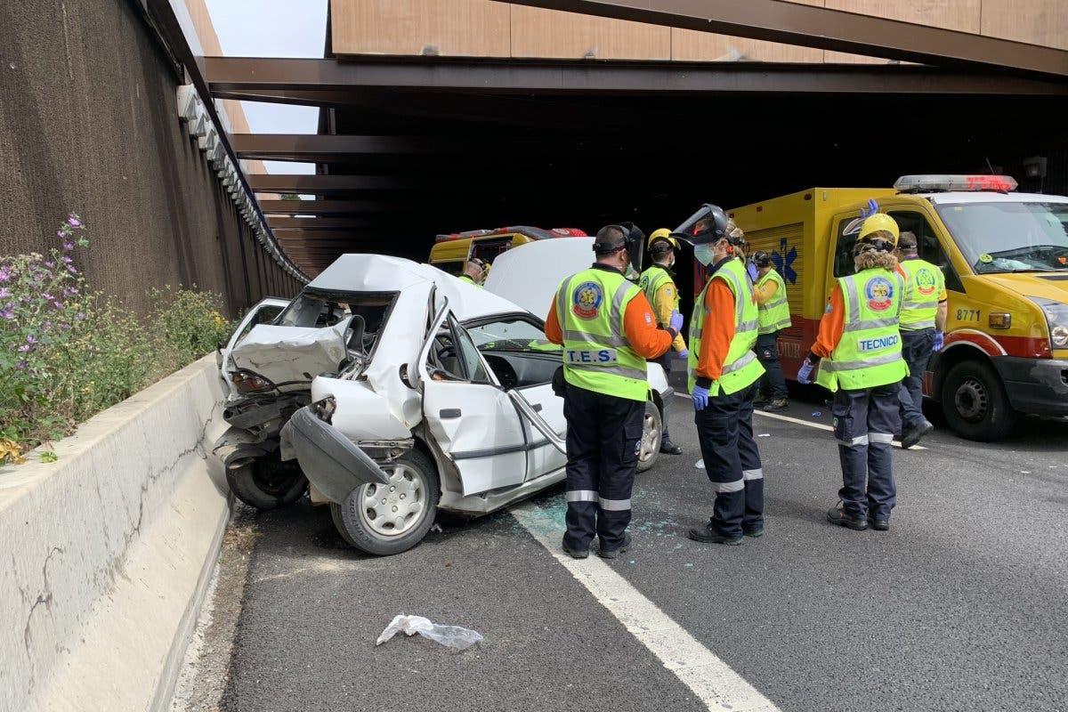 Muere un conductor en un accidente en la M-40
