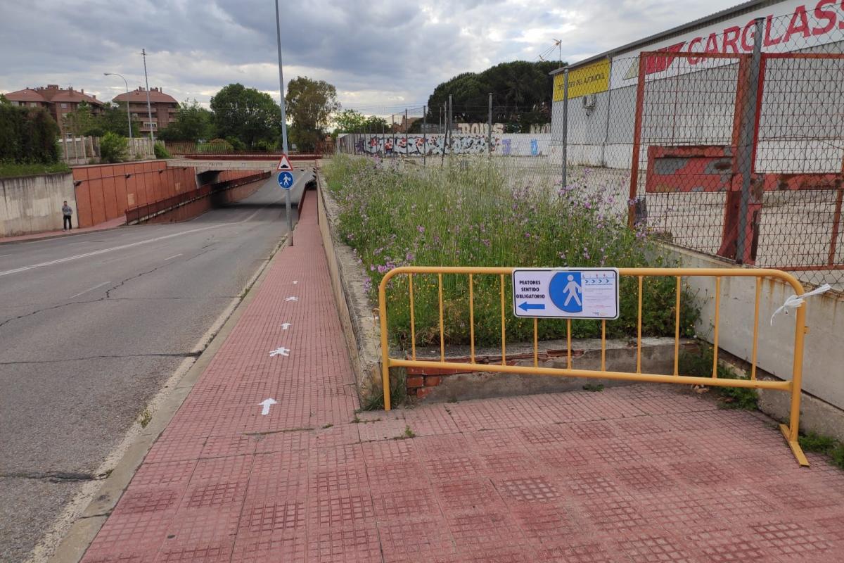 Alcalá de Henares habilita aceras de sentido único para garantizar la distancia de seguridad