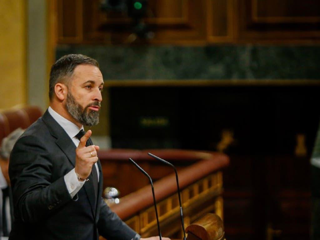 Abascal deja anonadado a Pedro Sánchez con su discurso sobre la homosexualidad