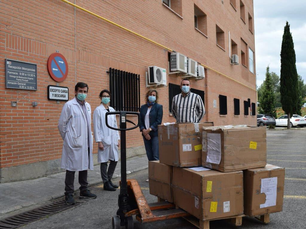 El hospital de Alcalá de Henares recibe 18 respiradores donados por ciudadanos de Wuhan