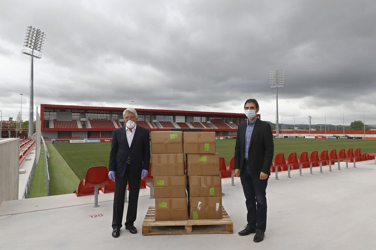 Alcalá de Henares repartirá 20.000 mascarillas donadas por el Atlético de Madrid
