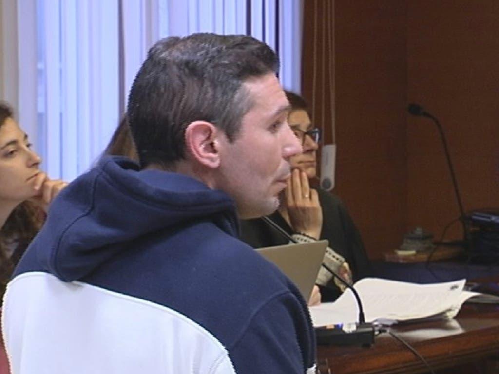 Condenado a 26 años y medio de cárcel por degollar a su mujer en Azuqueca