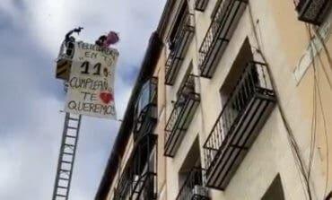 Un bombero felicita así a su abuela, la mujer más longeva de Madrid