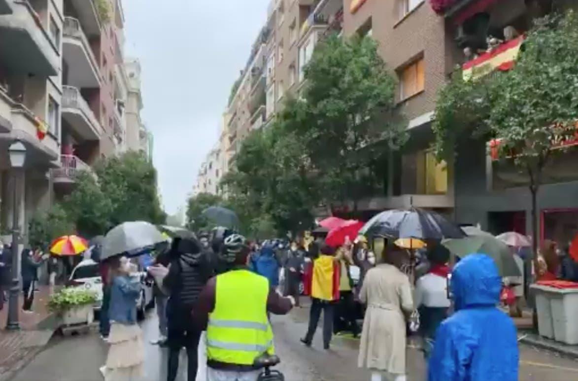 Tercera protesta en Madrid al grito de «Gobierno, dimisión» y «libertad»