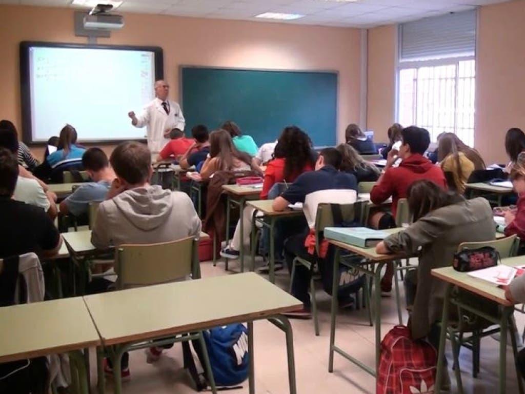 Madrid quiere retomar las clases presenciales de segundo de Bachillerato el 1 de junio