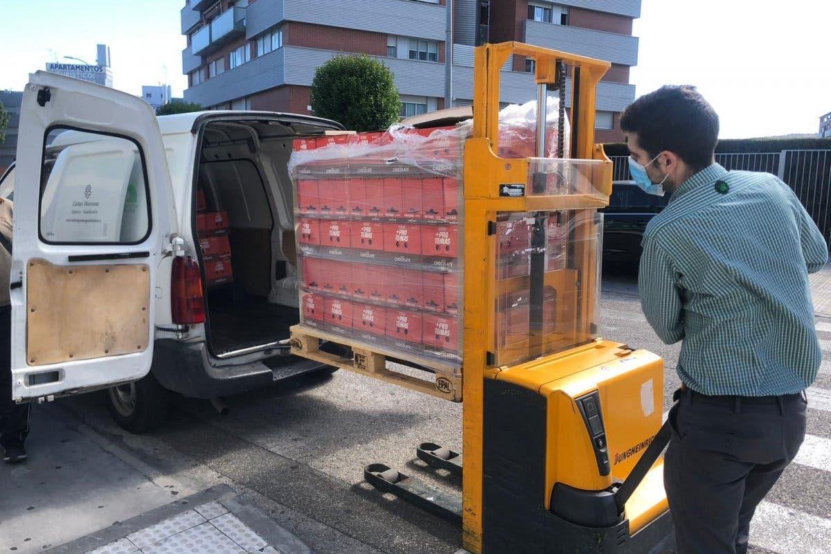 Mercadona dona 2.300 kilos de alimentos de primera necesidad a Cáritas Guadalajara