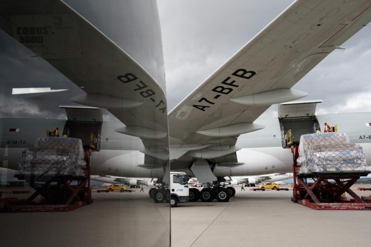 Aterriza en Barajas el vigésimo avión de Ayuso cargado con material sanitario