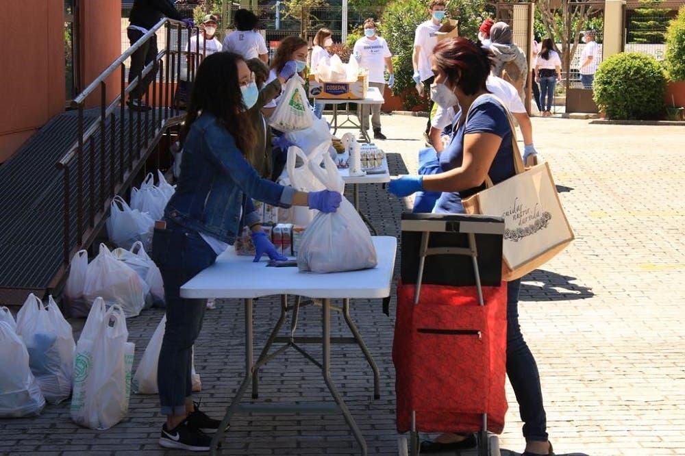Las iglesias evangélicas de Torrejón de Ardoz recogieron alimentos para ayudar a400 familias