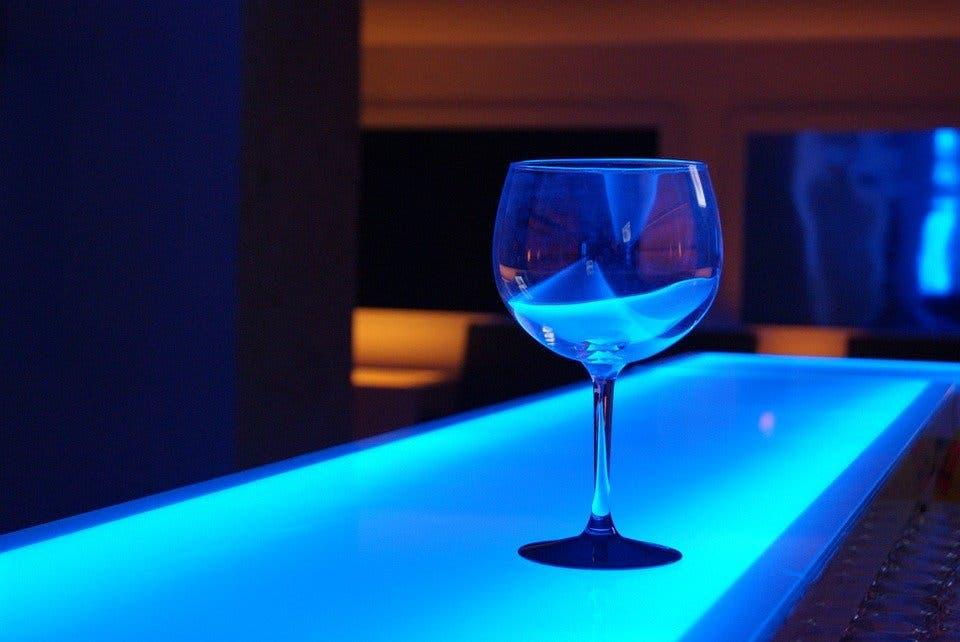 Las discotecas y los bares nocturnos permanecerán cerrados en Madrid hasta el 5 de julio
