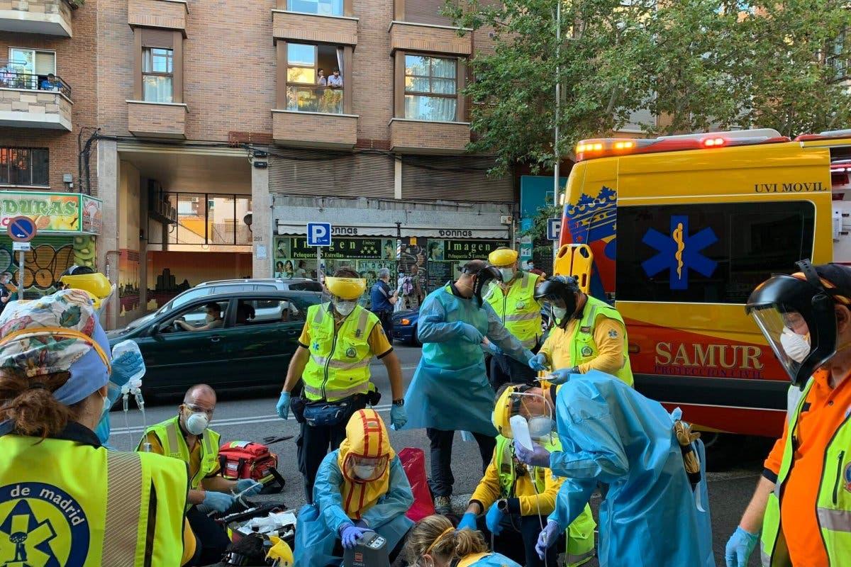 Herido grave un motorista de 24 años tras sufrir un accidente en Madrid