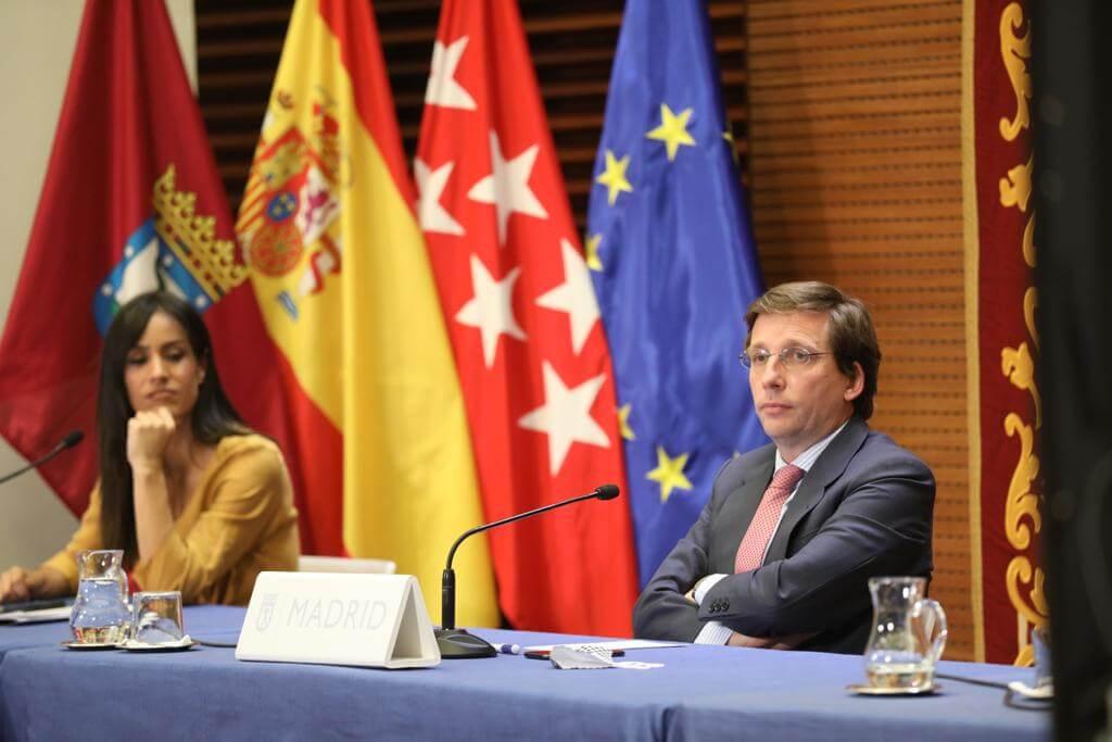 Almeida ganaría hoy las elecciones en Madrid aunque seguiría necesitando a Cs y a Vox