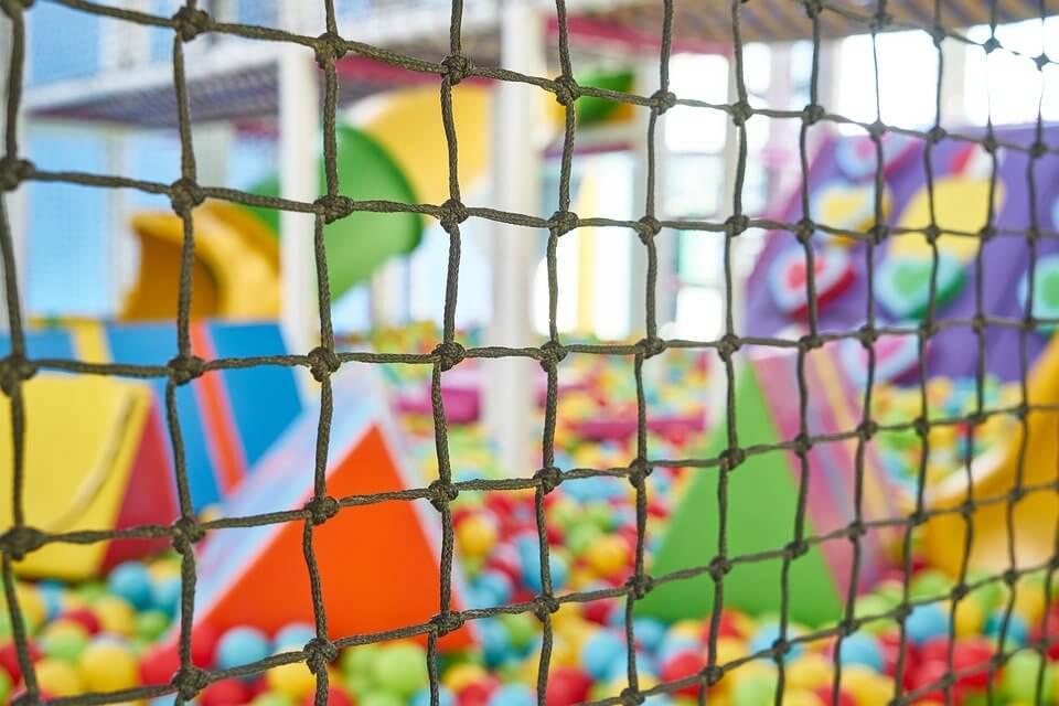 Reabren los parques recreativos infantiles como parques de bolas en la Comunidad de Madrid