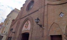 Detenido tras irrumpir en una misa en Vallecas al grito de «pederastas» y «asesinos»