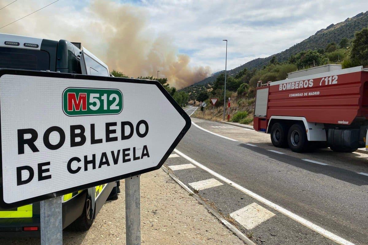 La UME se incorpora en la extinción de un incendio en Robledo de Chavela