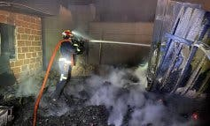 Aparatoso incendio esta madrugada en una finca de San Fernando de Henares