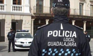 Denunciadas 46 persona por hacer botellón en Guadalajara y 82 por no llevar mascarilla