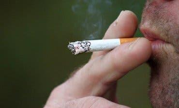 Madrid también se plantea prohibir fumar en las terrazas y en la calle