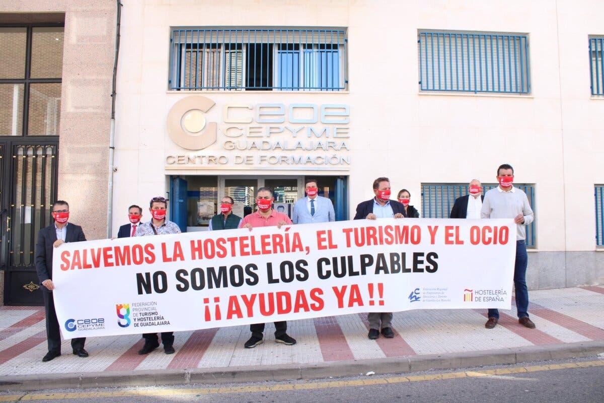 Hosteleros de Guadalajara temen lo peor con el fin de la temporada de terrazas