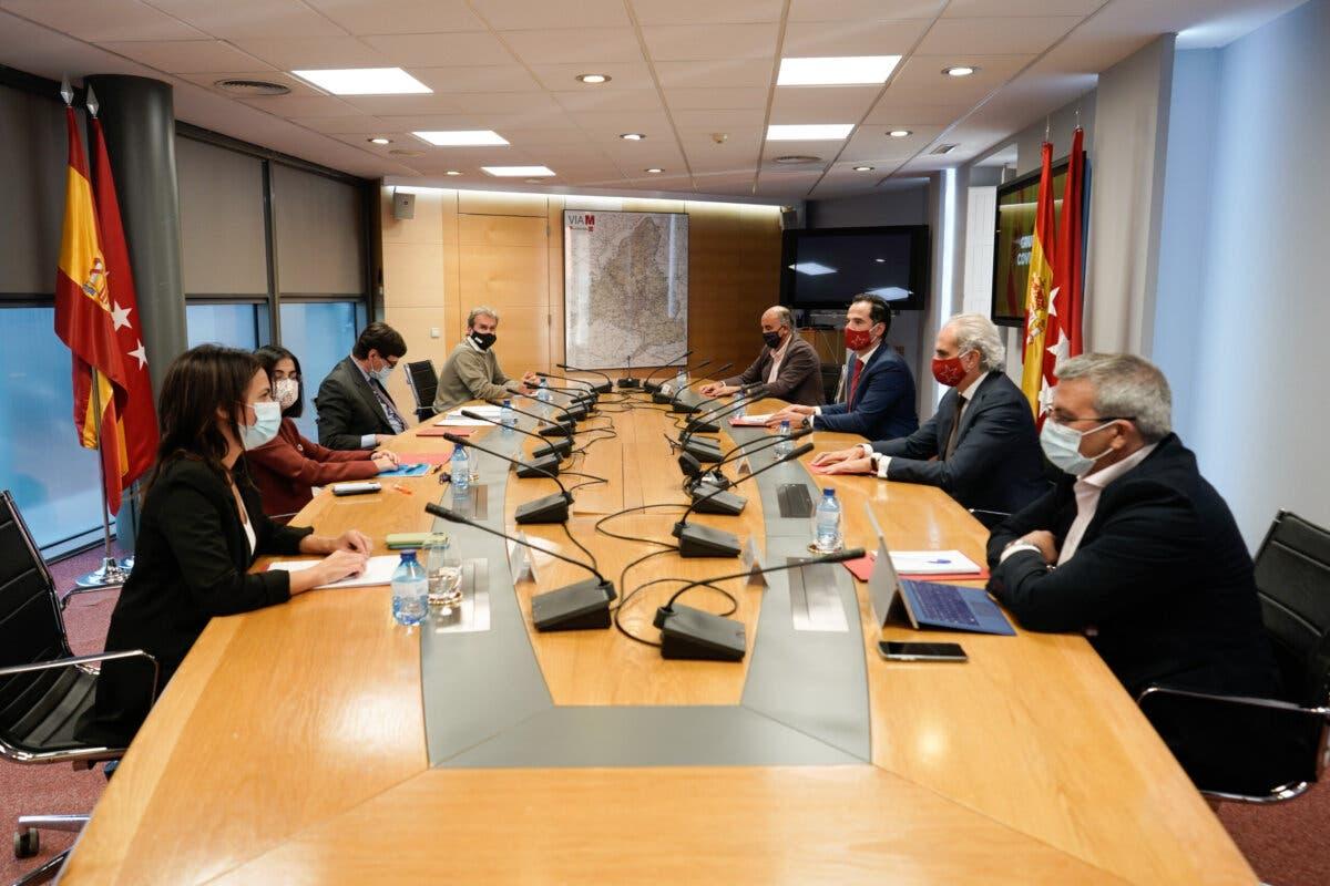 Madrid pide levantar el estado de alarma tras reducir la incidencia a 446 casos