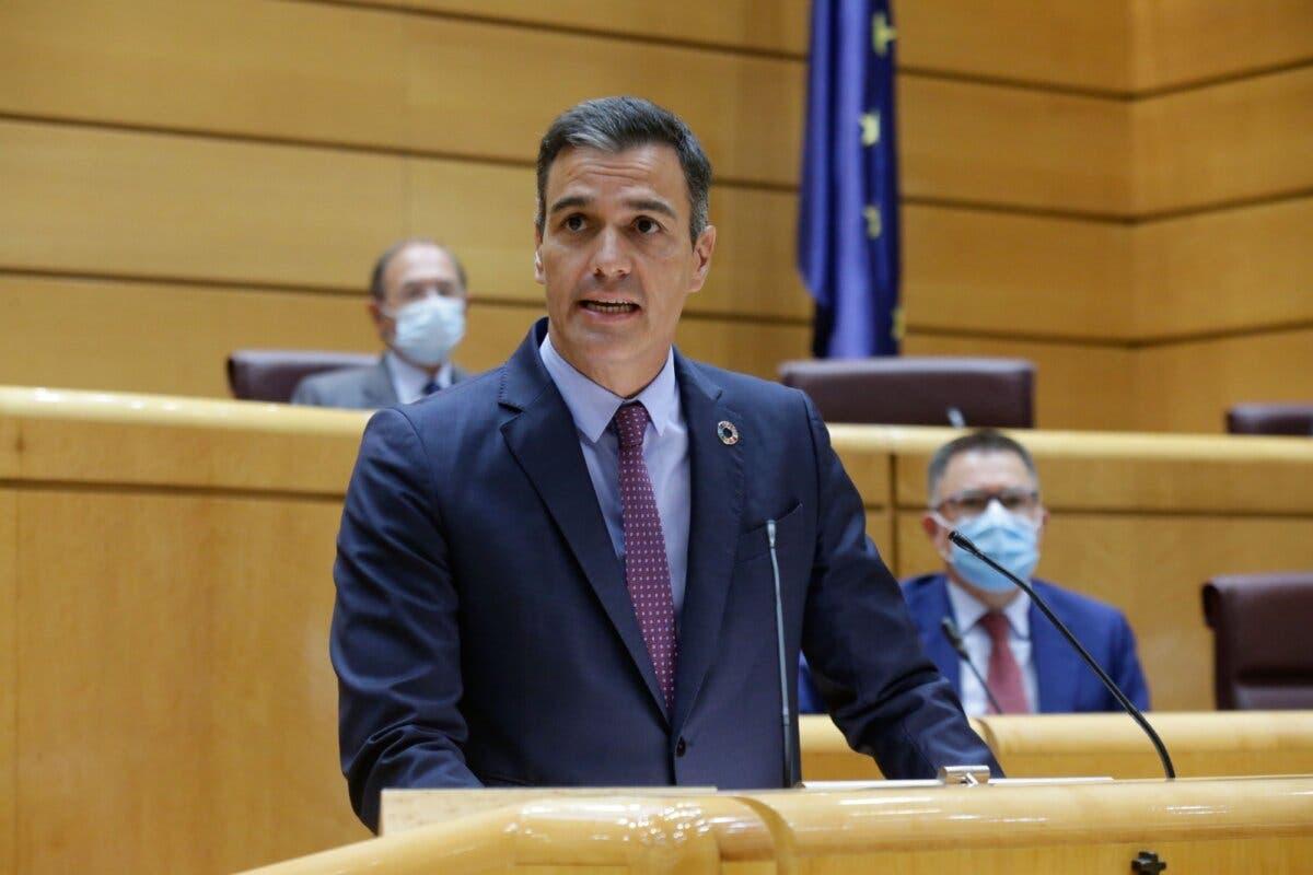 Sánchez lamenta «profundamente» la muerte de un etarra en prisión