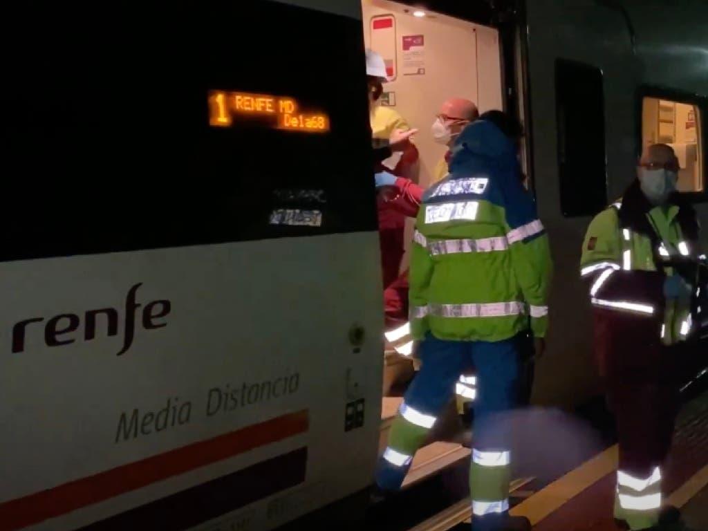 Un descarrilamiento y otras incidencias por las fuertes lluvias que continúan hoy en Madrid