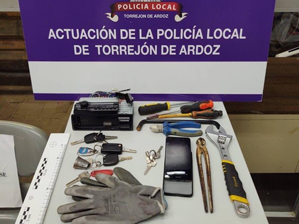 Tres detenidos en Torrejón de Ardoz por un robo en una nave de Ajalvir