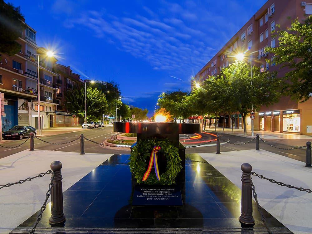La llama siempre encendida en Torrejón de Ardoz en recuerdo de las víctimas del Covid-19
