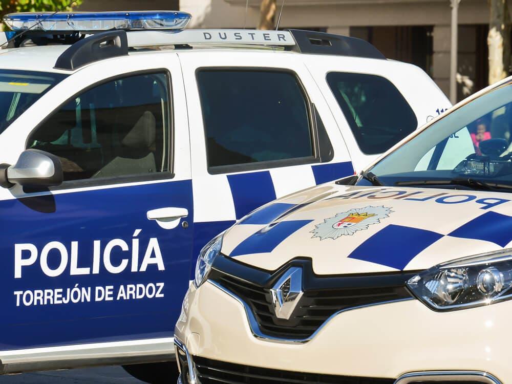 Pillados in fraganti robando ruedas de vehículos en garajes de Torrejón de Ardoz