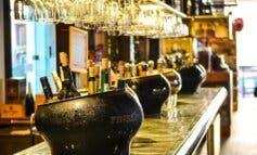 Los bares de Madrid, Alcalá, Torrejón y otros siete municipios madrileños seguirán con restricciones