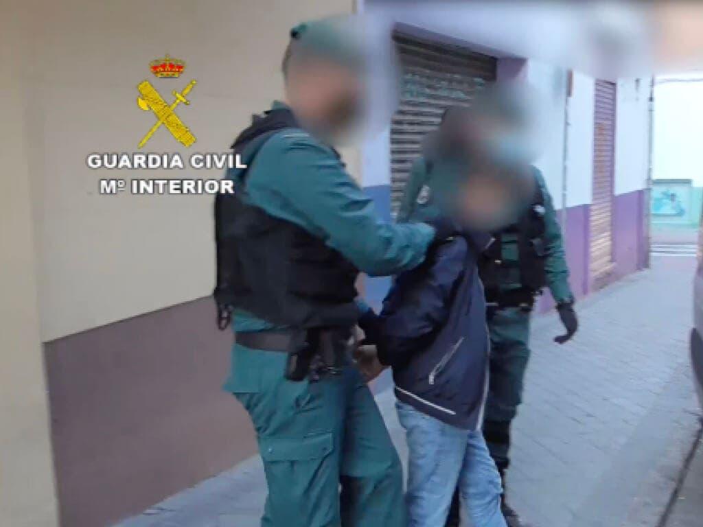 Detenidos por robos en viviendas de Torres de la Alameda, Ambite y Nuevo Baztán