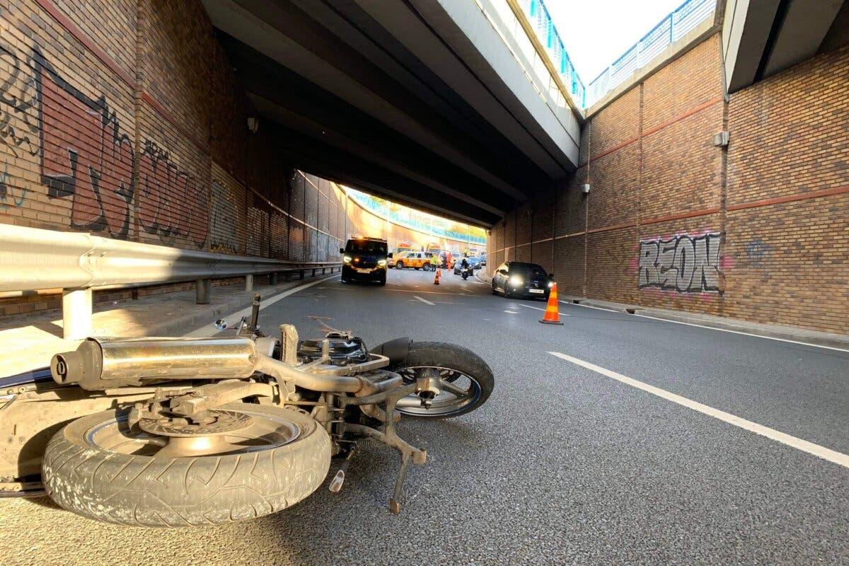 Muere un motorista de 38 años en un accidente en Madrid