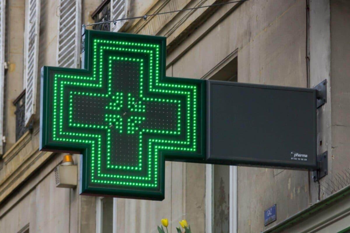 Ayuso solicita formalmente al Gobierno que permita realizar test de Covid-19 en las farmacias