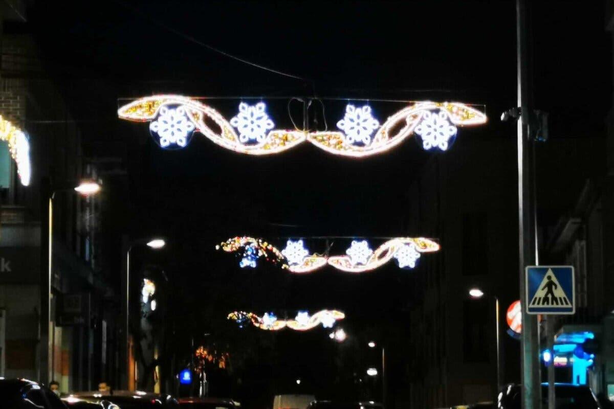 La Navidad ya luce en las calles de Azuqueca de Henares
