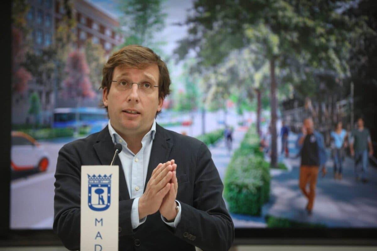 Almeida pide escalonar las visitas al centro de Madrid para evitar aglomeraciones