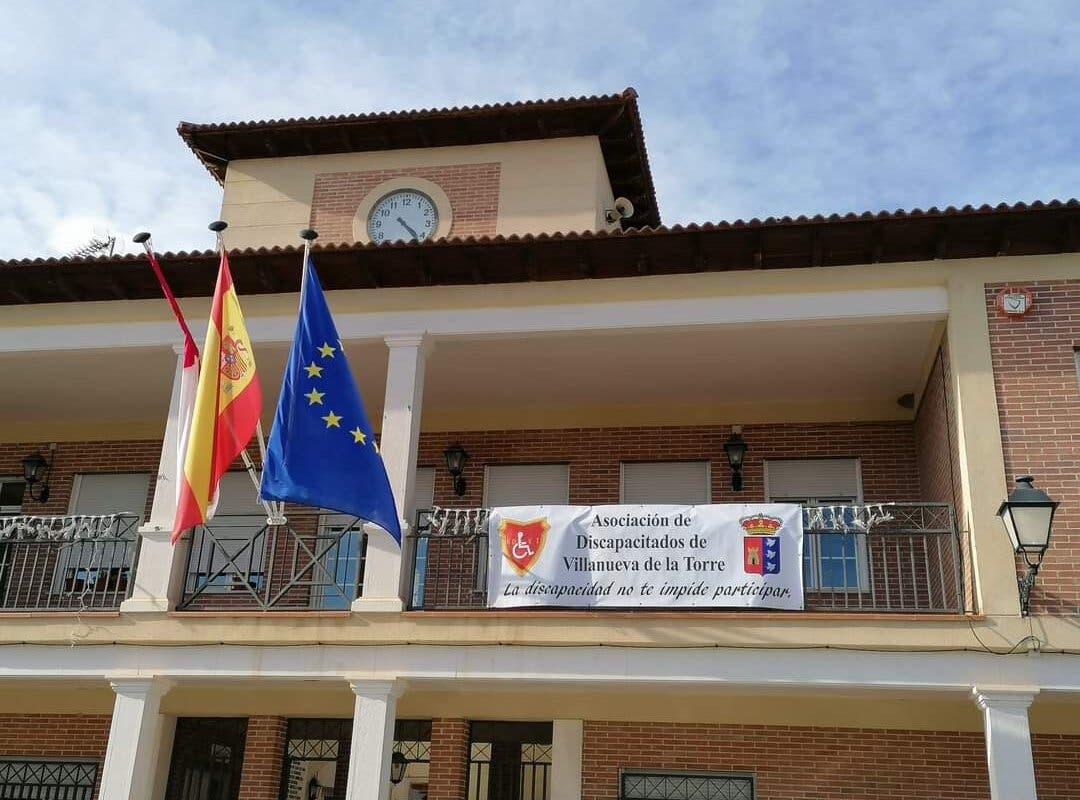 Sanidad endurece las restricciones en Villanueva de la Torre al dispararse los contagios