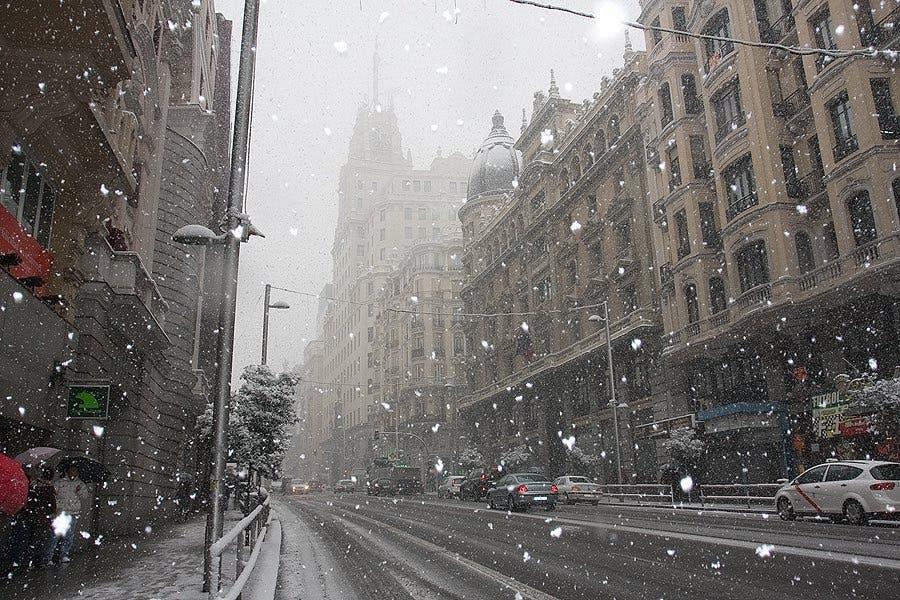 Madrid activa el Plan Nevada ante la bajada de temperaturas prevista por la AEMET
