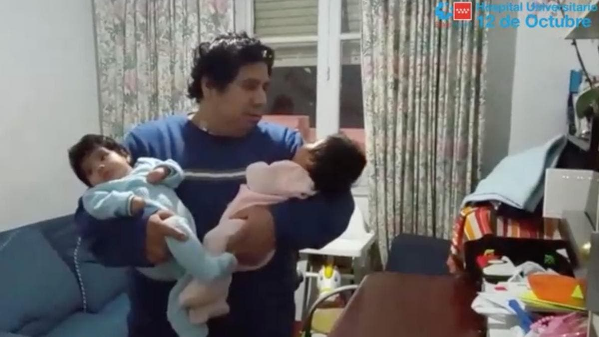 Pasará la Navidad con sus siete hijos tras 44 días ingresado por Covid en Madrid