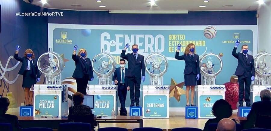 Vendidos en Alcalá de Henares el segundo y tercer premio del sorteo del Niño