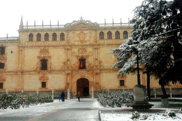 La Universidad de Alcalá de Henares se prepara para retomar las clases este lunes