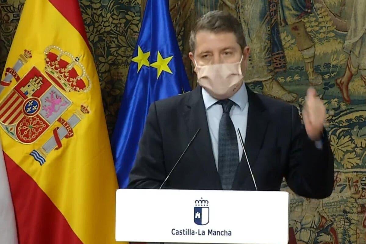 Castilla-La Mancha cierra toda la hostelería, adelanta el toque de queda a las 22 horas y confina todos los municipios