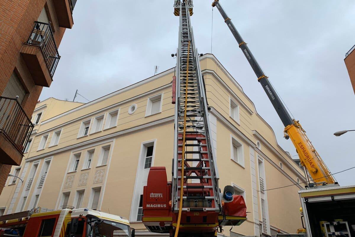 Arde la cubierta del mayor prostíbulo de Madrid