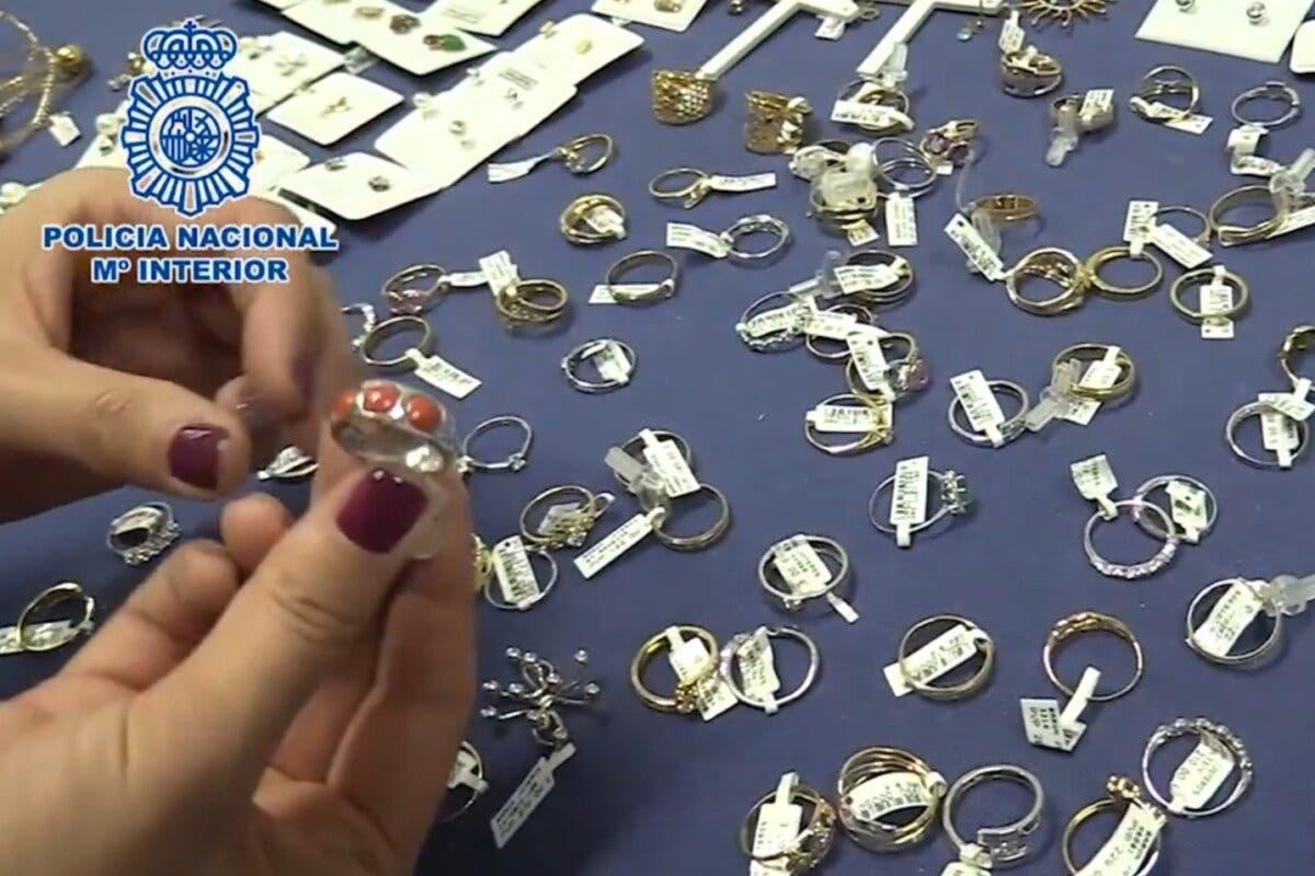 Recuperan joyas robadas en dos establecimientos de Torrejón de Ardoz