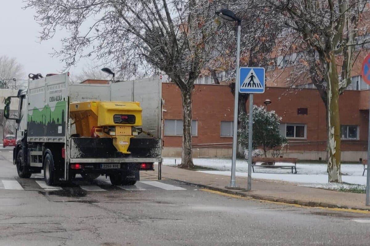 Alcalá de Henares asegura que dispone de «toneladas de sal» tras las críticas recibidas